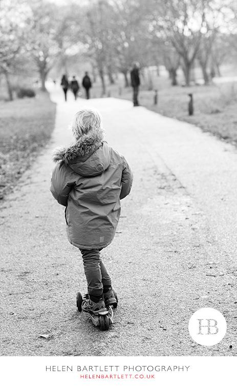 blogImagefamily-photography-primrose-hill-regents-park-london-26