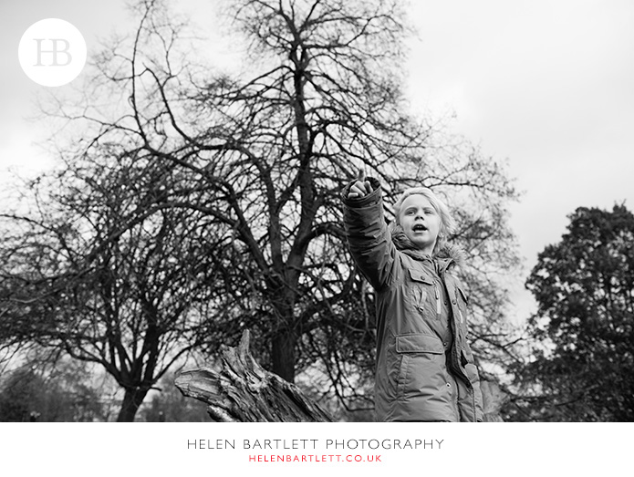 blogImageprimrose-hill-regents-park-top-family-photographer-12