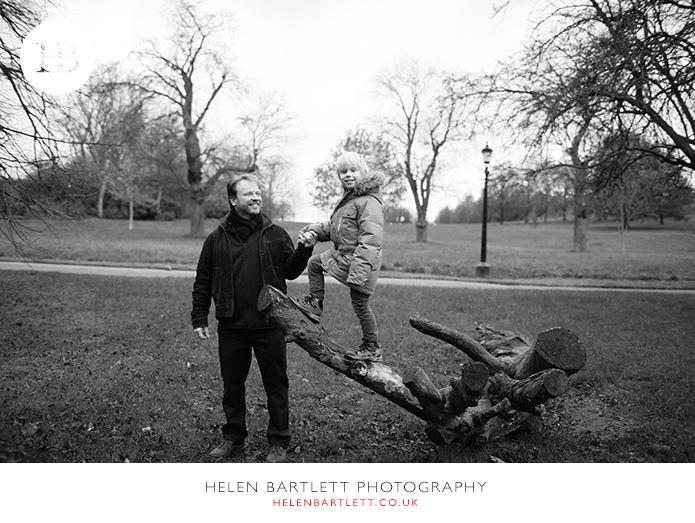 blogImageprimrose-hill-regents-park-top-family-photographer-2