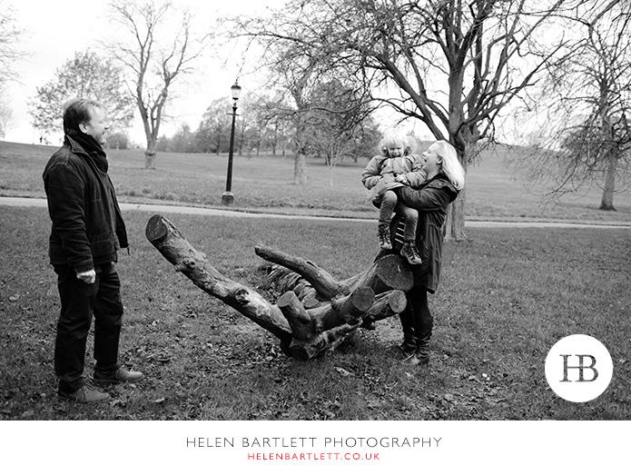blogImageprimrose-hill-regents-park-top-family-photographer-3