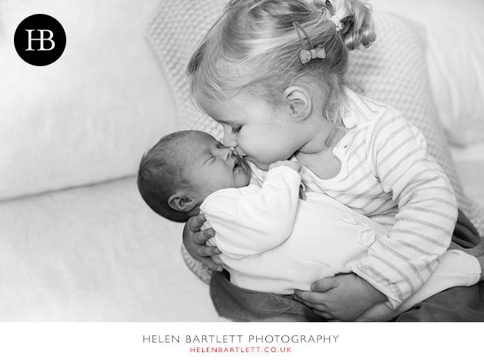 blogImagerelaxed-natural-newborn-family-photos-bayswater-w2-1