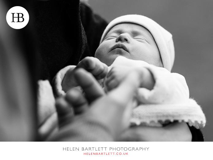 blogImagerelaxed-natural-newborn-family-photos-bayswater-w2-16