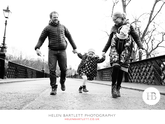 blogImageactivity-filled-family-photo-shoot-documentary-style-18