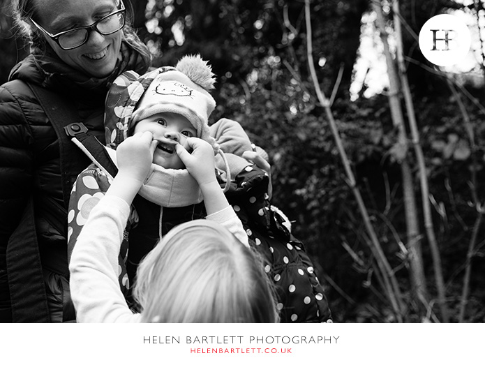 blogImagefamily-baby-photo-shoot-documentary-activity-35