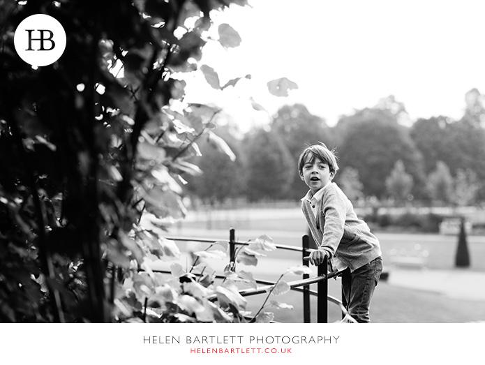 blogImagefamily-photo-shoot-kensington-london-top-photographer-26