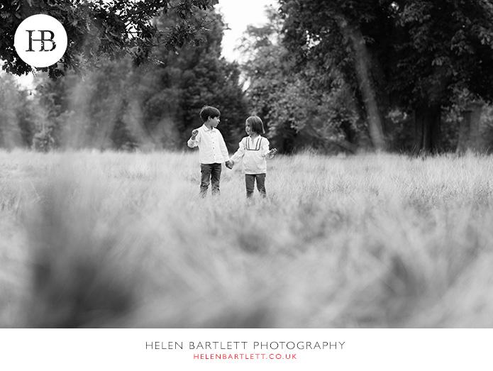 blogImagefamily-photo-shoot-kensington-london-top-photographer-35
