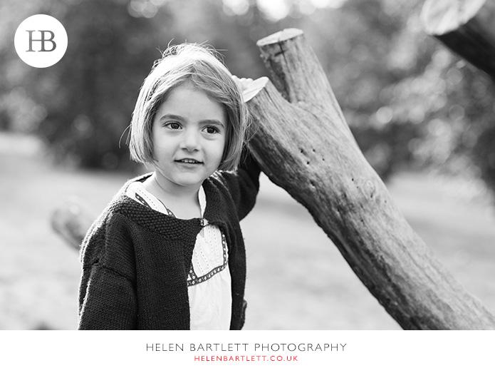 blogImagefun-filled-activity-family-photo-shoot-kensington-london-10