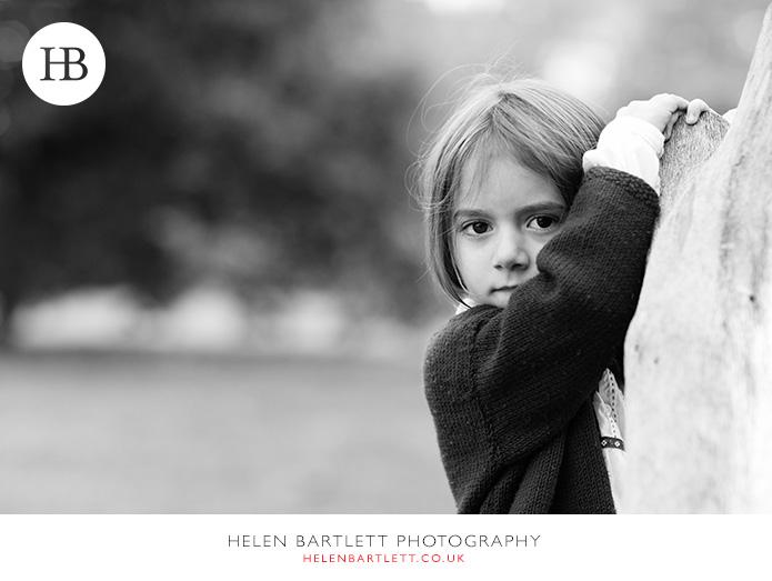 blogImagefun-filled-activity-family-photo-shoot-kensington-london-13