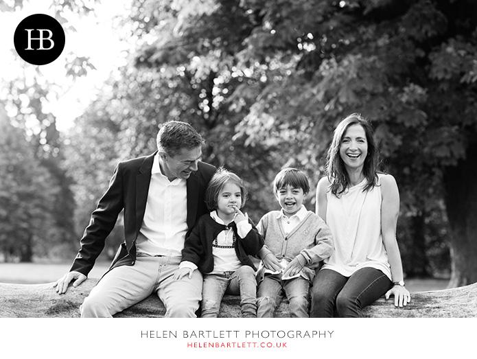 blogImagefun-filled-activity-family-photo-shoot-kensington-london-14