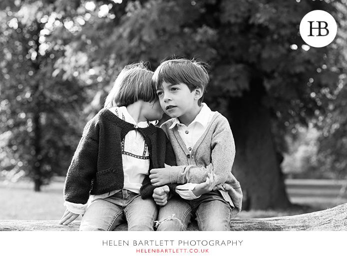 blogImagefun-filled-activity-family-photo-shoot-kensington-london-18