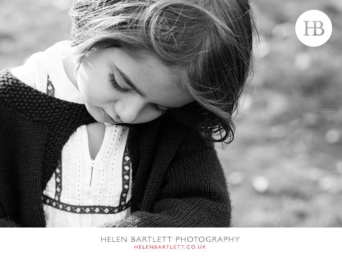 blogImagefun-filled-activity-family-photo-shoot-kensington-london-19