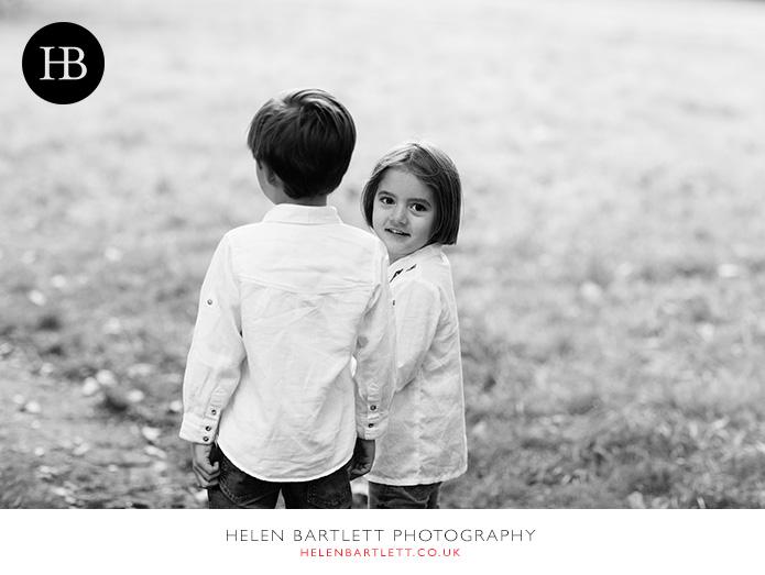 blogImagefun-filled-activity-family-photo-shoot-kensington-london-2