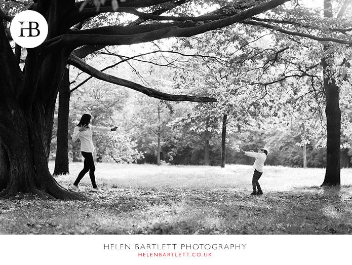 blogImagefun-filled-activity-family-photo-shoot-kensington-london-4