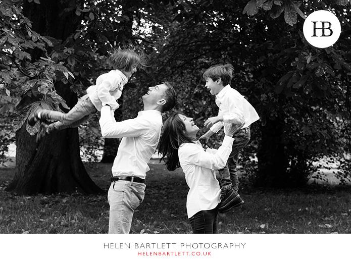blogImagefun-filled-activity-family-photo-shoot-kensington-london-9