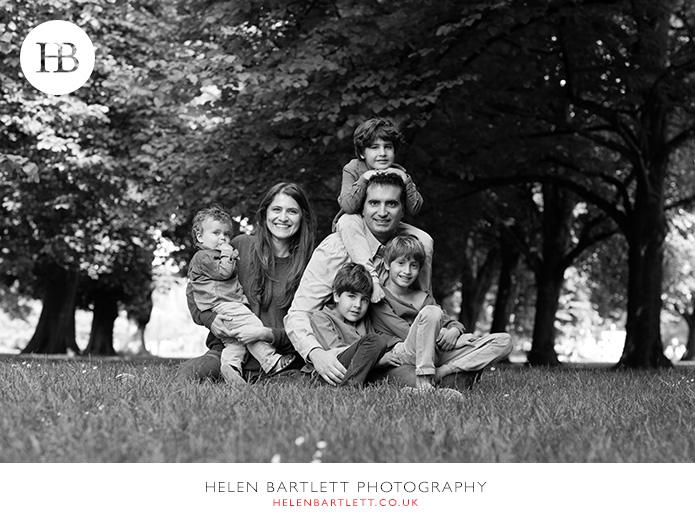 blogImageFour-boys-family-photography-kensington-london-2