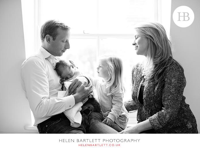 blogImagenewborn-family-photography-barnes-sw13-15