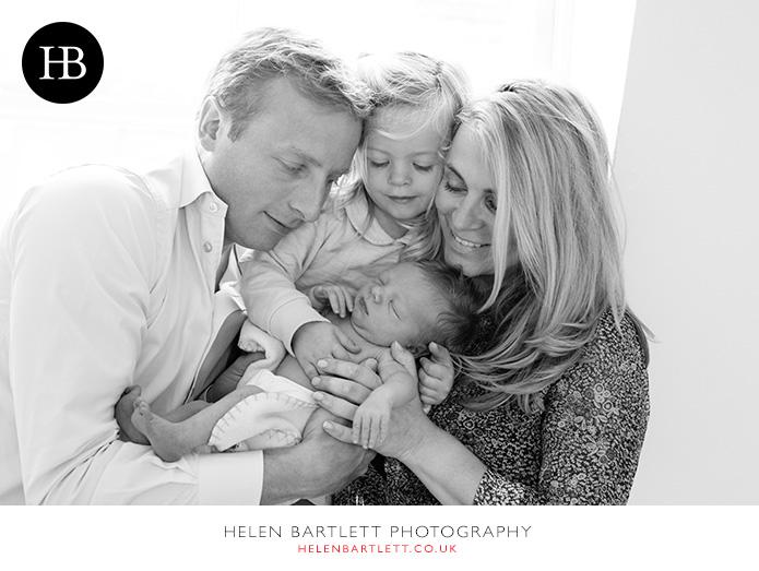 blogImagenewborn-family-photography-barnes-sw13-18