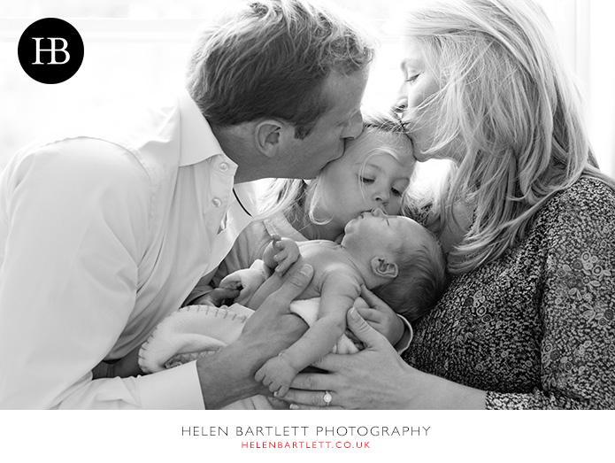 blogImagenewborn-family-photography-barnes-sw13-19