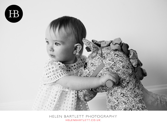 blogImageblackheath-greenwich-family-portraits-with-toddler-4