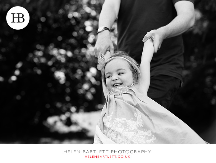 blogImagechildren-family-photographer-geneva-switzerland-23