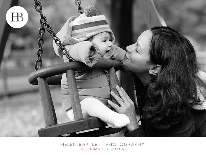 blogImagehighgate-n6-baby-family-photography-16