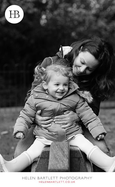 blogImagehighgate-n6-baby-family-photography-19
