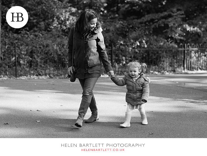 blogImagehighgate-north-london-baby-family-photos-23