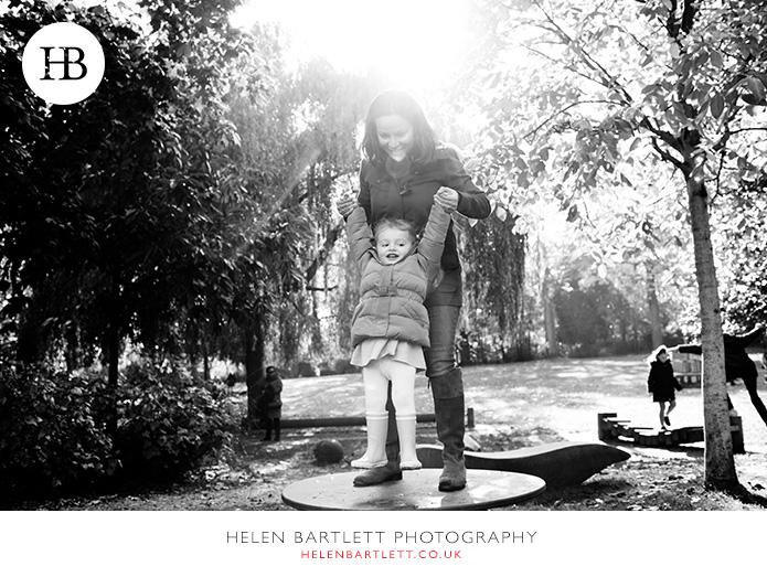 blogImagehighgate-north-london-baby-family-photos-33