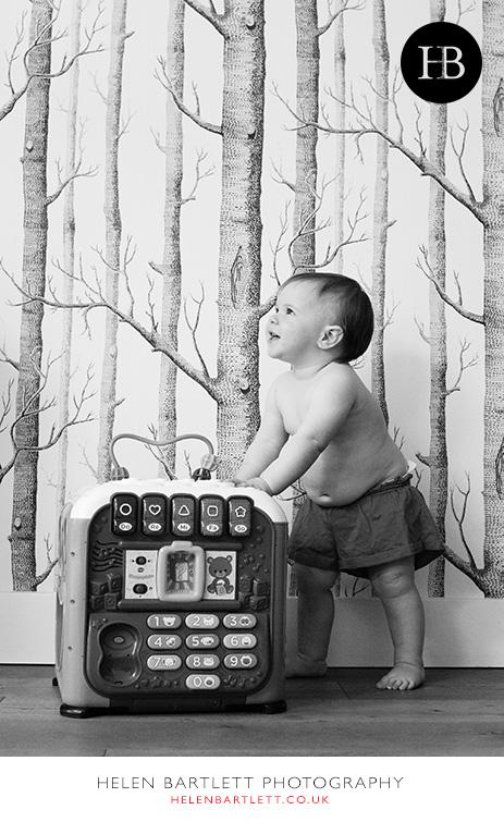 blogImagebaby-family-photography-esher-surrey-7