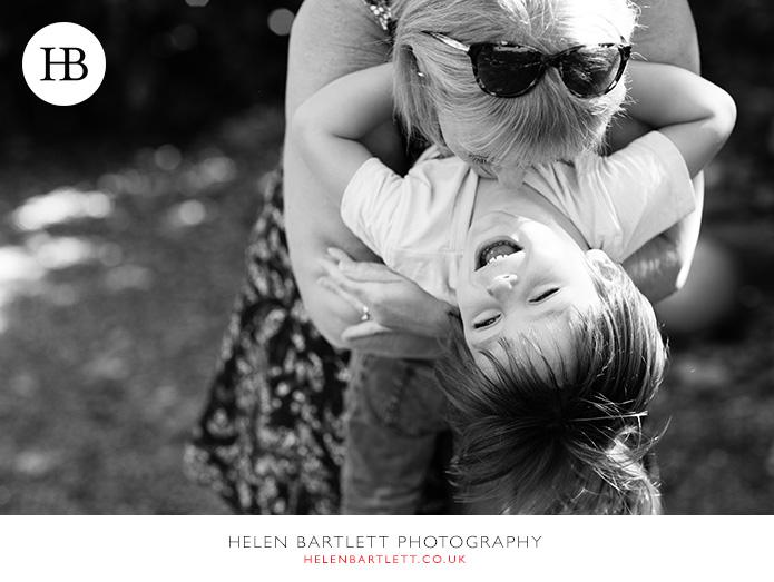 blogImagefamily-photographer-kensington-w14-water-fun-superhero-23