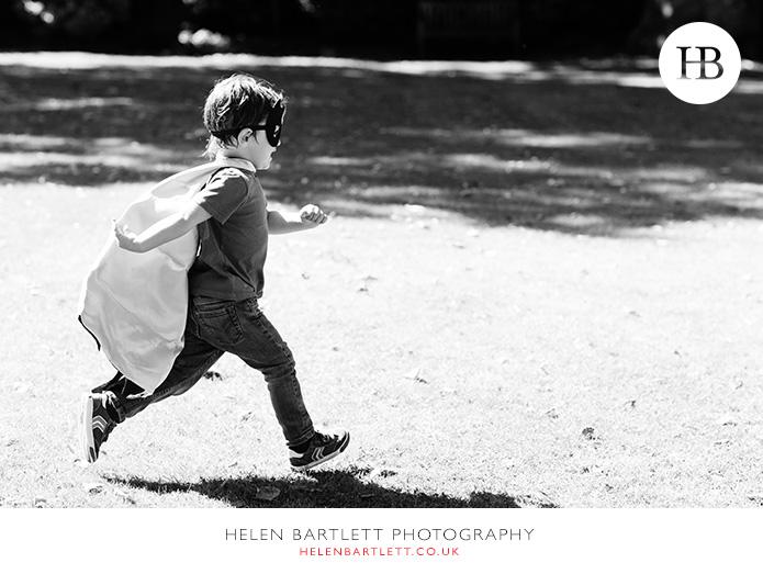 blogImagefamily-photographer-kensington-w14-water-fun-superhero-36