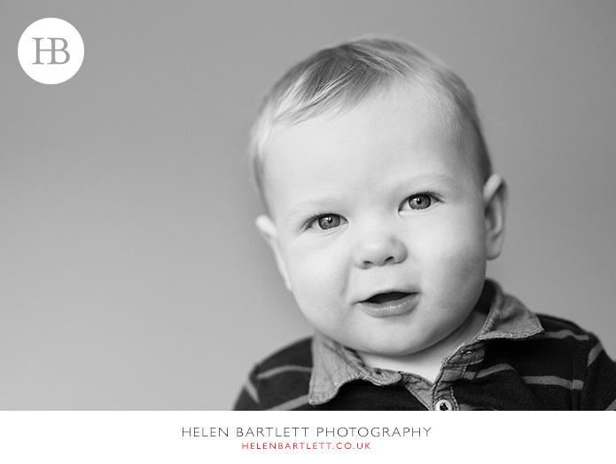 blogImagefamily-baby-photographer-highgate-n6-34
