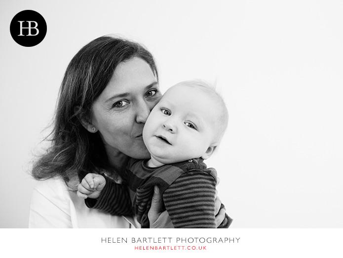 blogImageHampstead-baby-family-photographer-8