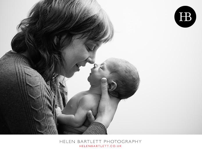 blogImagefamily-photography-with-newborn-baby-highbury-islington-21