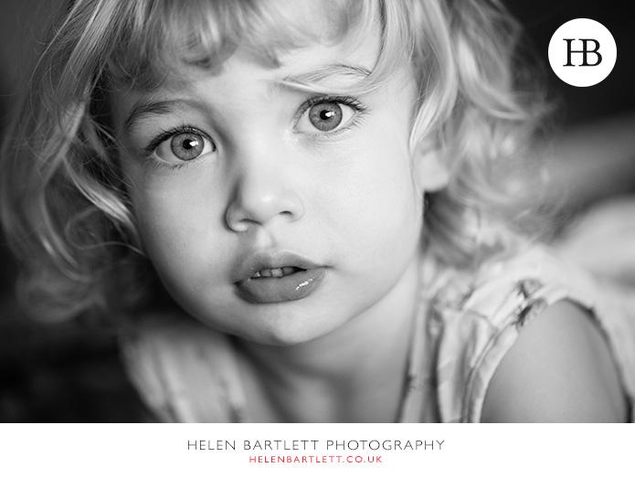 blogImagefamily-photography-with-newborn-baby-highbury-islington-24