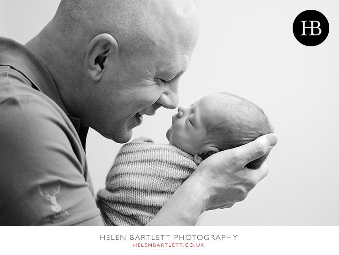 blogImagefamily-photography-with-newborn-baby-highbury-islington-27