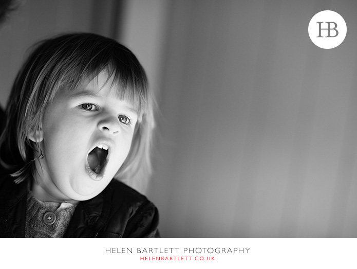 blogImagefamily-photography-in-black-and-white-notting-hill-26
