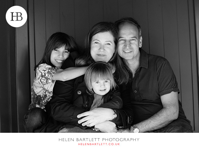 blogImagefamily-photography-in-black-and-white-notting-hill-27