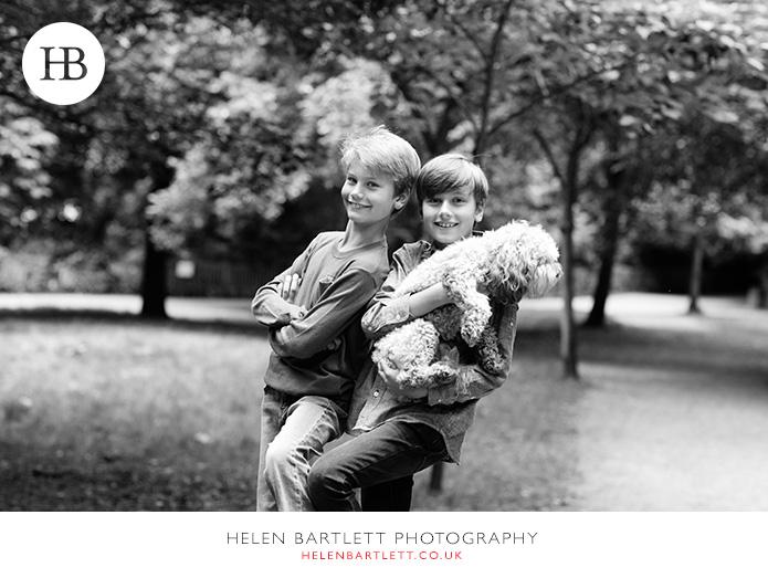 blogImagefamily-photography-with-teenagers-kensington-6