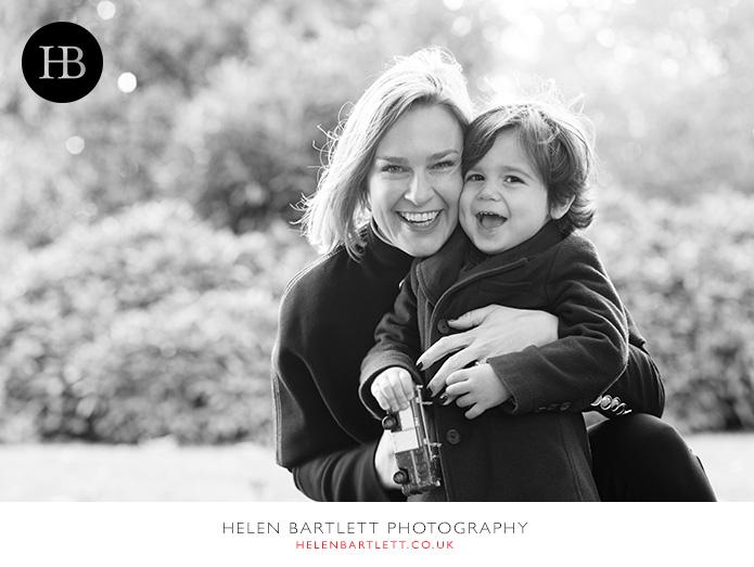 blogImagefamily-photographer-kew-west-london-15
