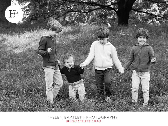 blogImagefamily-photography-kensington-w8-w11-london-12