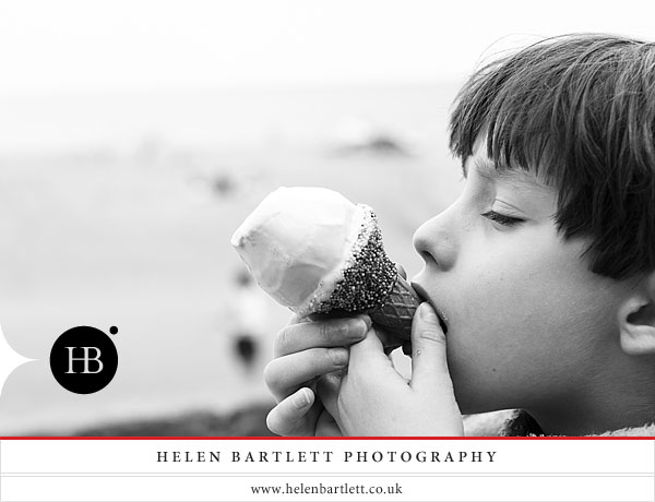 children portrait photography on the beach