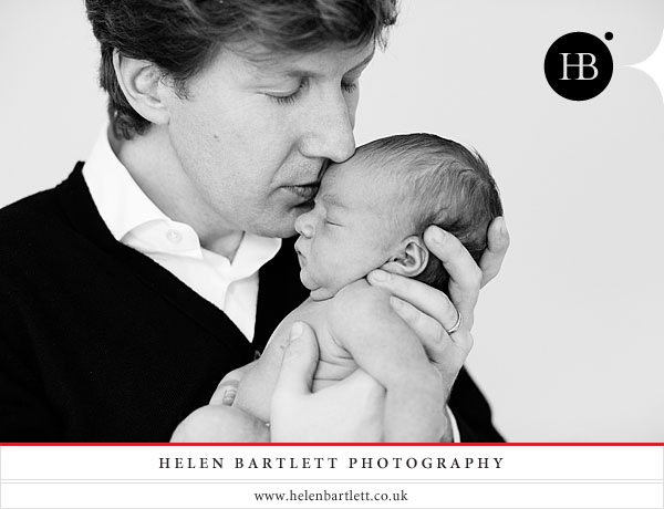 newborn_baby_portrait_photography_in_holland_park_and_kensington