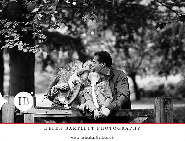 blogImagechildren-and-family-photography-holland-park-london-16