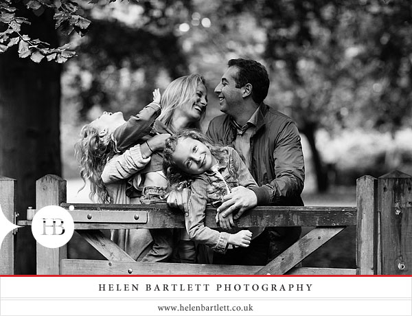 blogImagechildren-and-family-photography-holland-park-london-17
