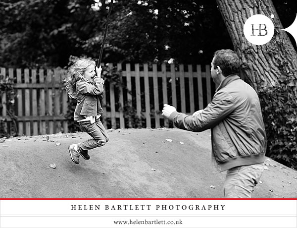 blogImagechildren-and-family-photography-holland-park-london-22
