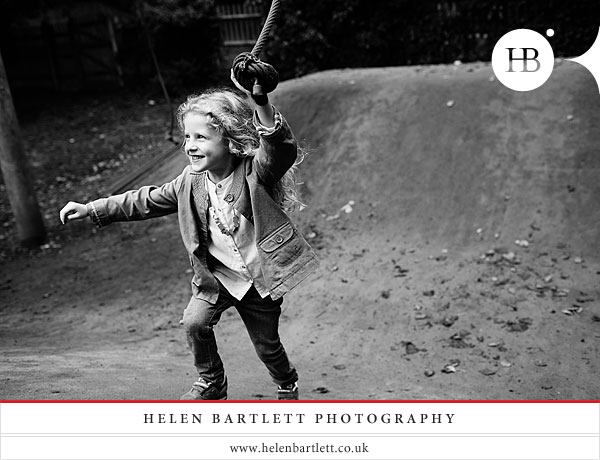 blogImagechildren-and-family-photography-holland-park-london-23