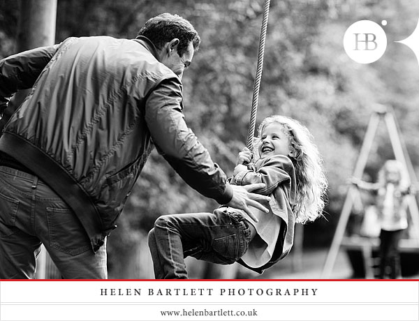 blogImagechildren-and-family-photography-holland-park-london-25