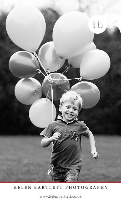 blogImageholland-park-children-photographer-32