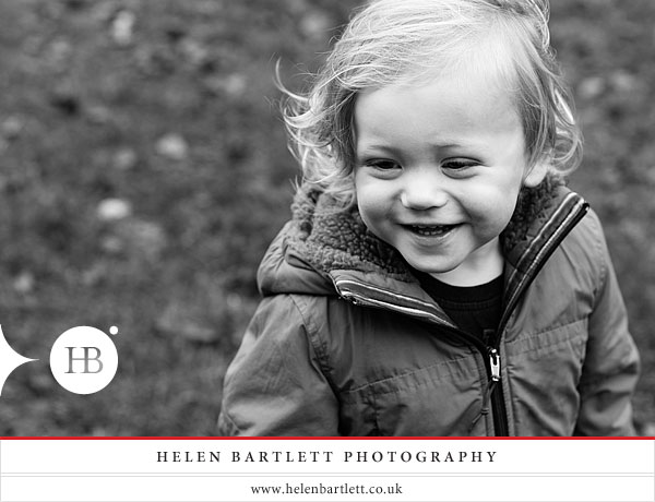 blogImageholland-park-london-family-photography-11
